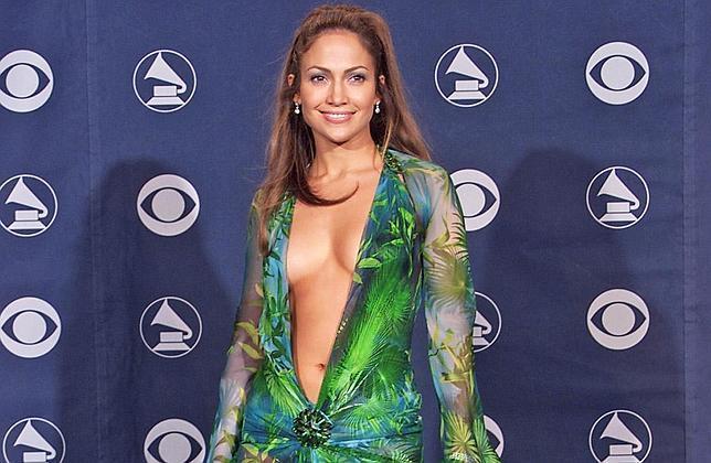 Jennifer-Lopez-2000-Grammy--644x420