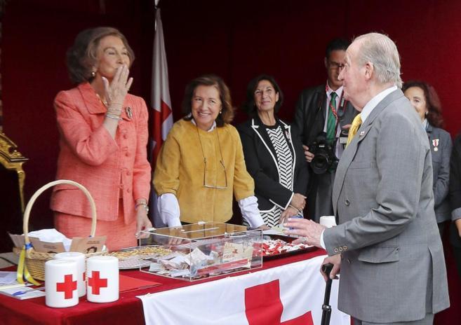 rey y reina Sofía y Juan Carlos I