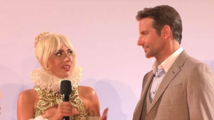 Lady Gaga and Bradley Cooper A Star is Born premiere por Sassy CC-BY 30