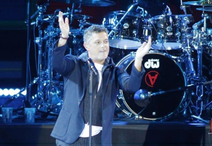 Alejandro Sanz en uno de sus últimos conciertos de su gira actual