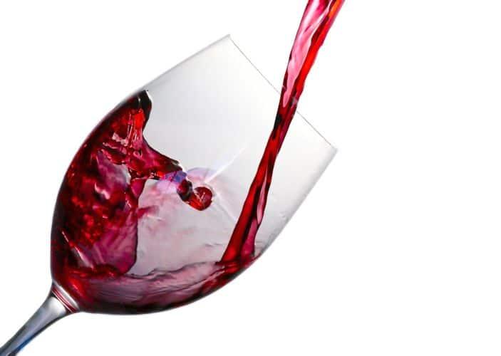 El consumo de alcohol debe ser muy moderado para que sea beneficioso para la salud