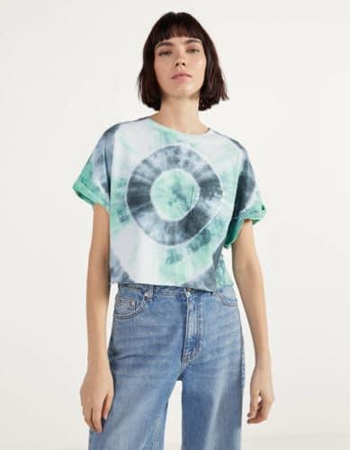 camiseta cropped bershka