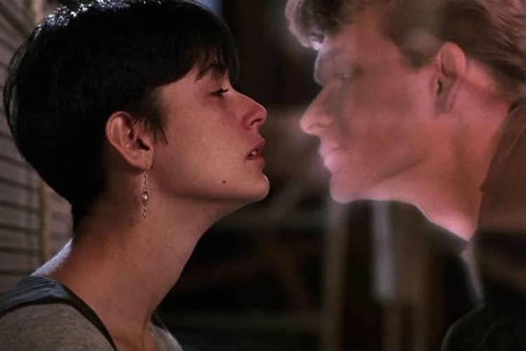 """Demi Moore y Patrick Swayze en la película """"Ghost""""."""
