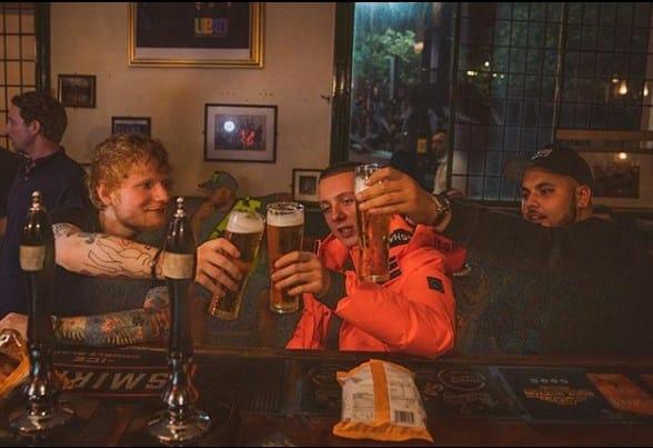 El éxito de Ed Sheeran vino acompañado de excesos y adicciones