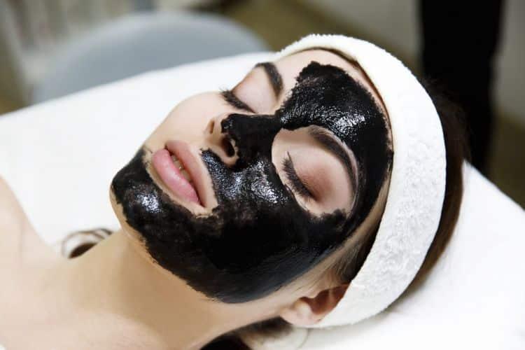 Carbon Peel Flash, un tratamiento de belleza inmediata