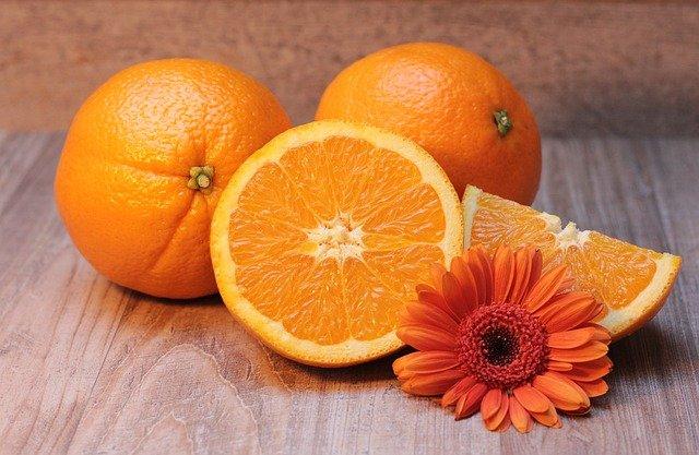 naranja cabello uñas