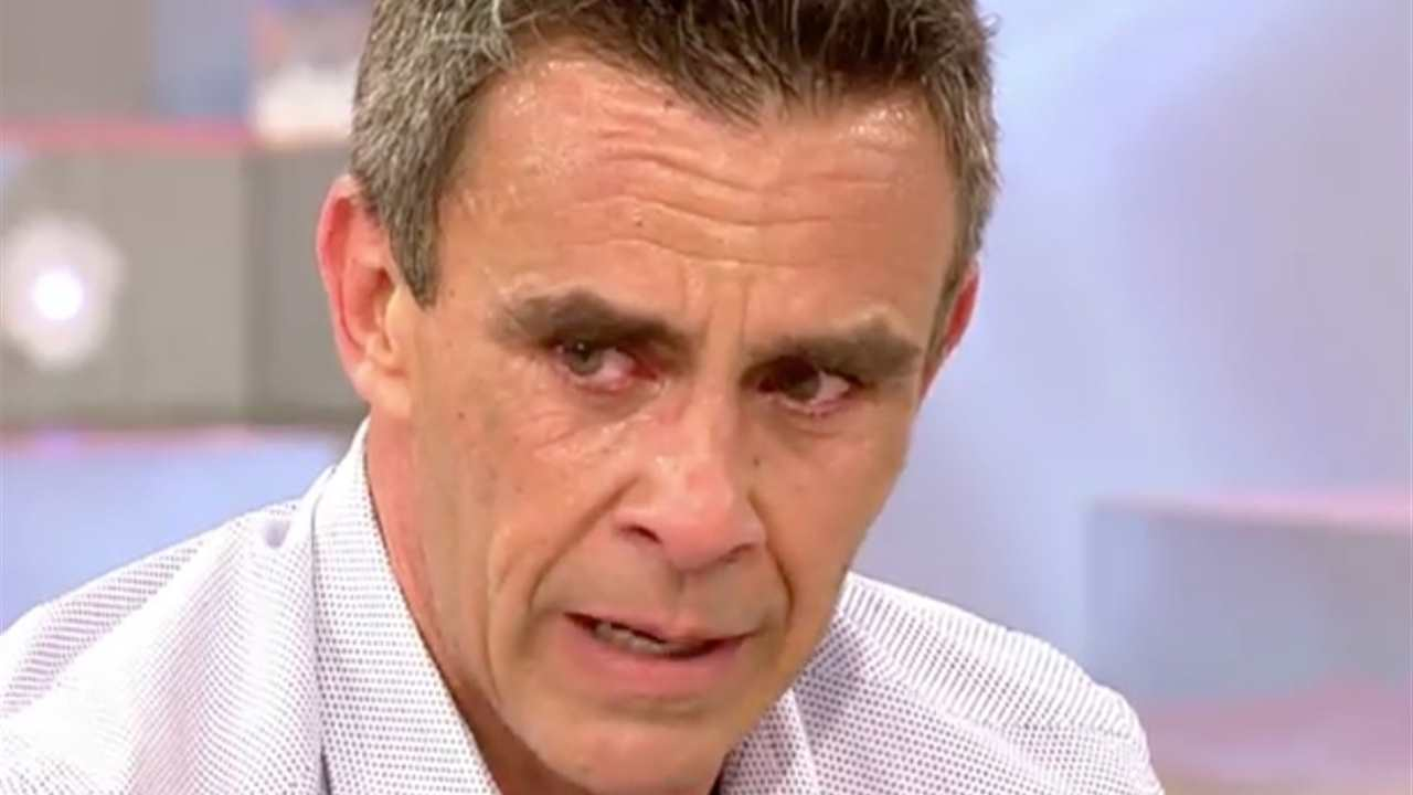 Alonso Caparrós llorando