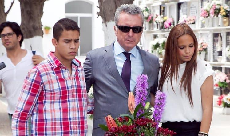 Gloria Camila con José Fernando y Ortega Cano