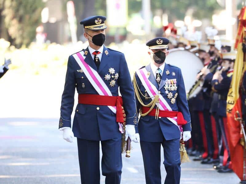 rey felipe desfile fuerzas armadas