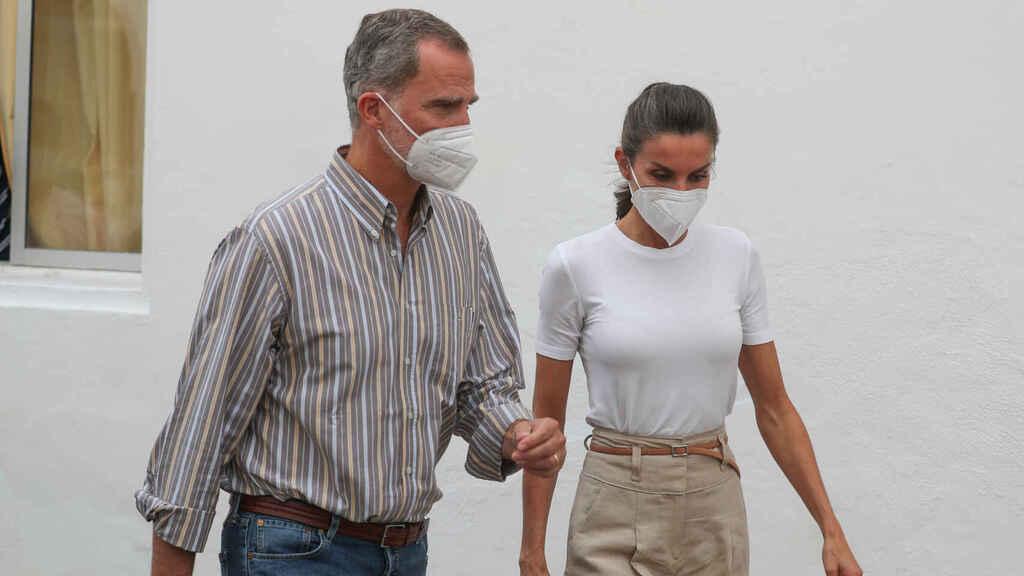 Letizia y Felipe impactados volcan la palma, no ha podido mostrar más su naturalidad y expresividad, como cuando era periodista.
